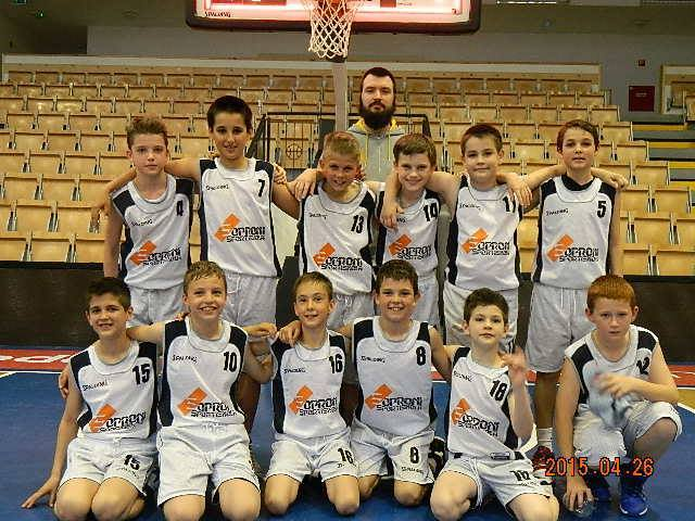 10 - 2004 csapat